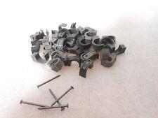 10Stk Neu SizeS Bakelit Kabelschellen Abstandschellen schwarz Steckdose Schalter