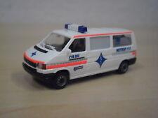 "AWM - VW T4 Bus ""Krankentransporte WWS Backnang"" - Nr. 72433 - 1:87"