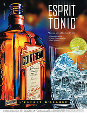 PUBLICITE ADVERTISING 104  2001   COINTREAU   alcool esprit ORANGE TONIC