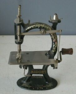 Antique F&W  Foley & Williams Midget Sewing Machine Hand Crank Cast Iron #MS9