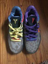 Nike What The Kobe 7 size 9