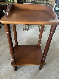 Stylish Square Yew Coloured Side, Sofa Or Hall Table With Lower Shelf