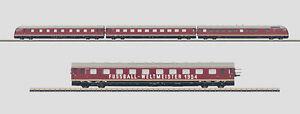 "Märklin Z 88720 + 87720 Diesel Powered Rail Car Train ""World Cup Winner 1954"""
