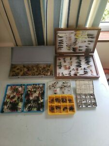 Fly Fishing Flies mixed bundle more than 300 flies, job lot for sale