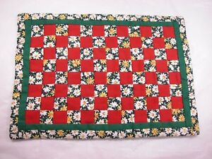 """World of Miniature Bears  6""""x8"""" Quilt #754A  Collectible Miniature"""