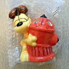 Garfield the Cat Odie Toothbrush Holder Odie with Fire Hydrant 4 Slots