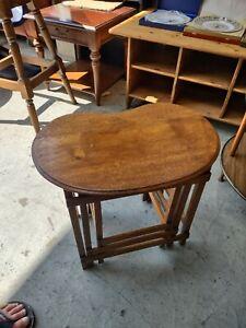 Mid century Vintage Retro Solid Oak Nest of 3 Kidney Shaped Coffee / Side Tables