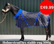 LUX STABLE RUG 300G WITH FLEECE COLLAR