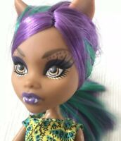 Monster High Clawdeen Wolf Scare and Makeup Doll MH Fashion Read Details