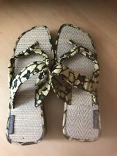 RED OR DEAD LADIES YELLOW AND BLACK CANVAS SANDALS SHOES SIZE 5 UNWORN