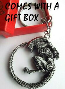 ALIEN  METAL KEY RING CHAIN  COMES WITH GIFT BOX BIRTHDAY GIGER PREDATOR