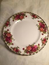 Royal Albert Bone China England Old Country Roses Plate Trimmed with Gold