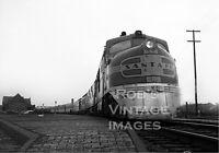 Santa Fe Super Chief Locomotive photo  50A  DL-109 ATSF 2 Railroad train