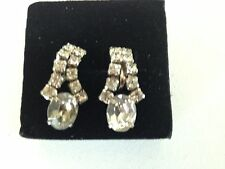 Vintage 1930s rhinestone dangle screwback earring with solitaire