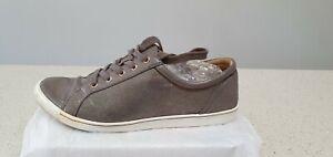 ZIERA size 41 Flexible walking Shoes . Metalic Grey . Leather .
