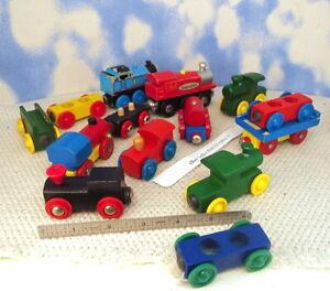 A Bunch of WOODEN TOY TRAIN CARS & ENGINES Imaginariun Thomas Brio MORE (8a)