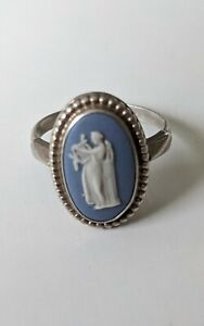Vintage blue jasperware Wedgwood ring - size P