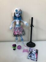 Monster High Ghouls Rule Abbey Bominable Doll / Complete Set - EUC - HTF