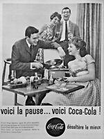 PUBLICITÉ DE PRESSE 1961 VOICI LA PAUSE VOICI COCA-COLA ENTRE AMIS