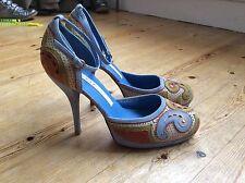 Pura Lopez daim talons taille 38 C P, UK 5 belle