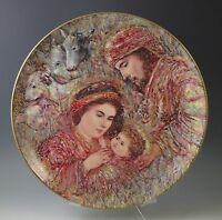 EDNA HIBEL CHRISTMAS 1990 PLATE THE NATIVITY