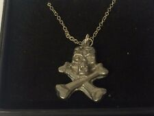 "Skull & Cross Bones TG513 Pewter On 18"" Silver Plated Curb Necklace"