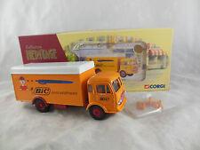 Corgi Heritage Collector 72805 UNIC SAVERNE FOURGON BIC