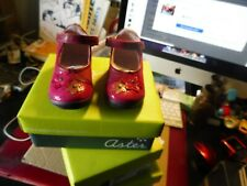 paire de chaussures ASTER pointures  20/21/22 cuir imprime LUCY +nubuck  fushia