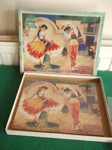 VINTAGE VICTORY WOODEN JIGSAW OF THE MEXICAN HAT DANCE