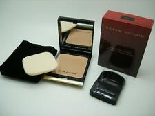 KEVYN AUCOIN THE SENSUAL SKIN PF03 LIGHT TO MED. POWDER FOUNDATION, FULL SIZE 9G