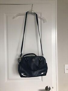 tory burch navy handbag crossbody