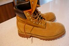 Timberland Classic Boots Size UK 8 - VERY GOOD CONDITION