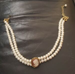 Vintage Cameo Pearl Necklace/choker