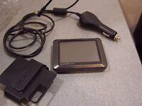 GARMIN nuvi 205 GPS Automotive Mountable Receiver Satellite car mount cord unit