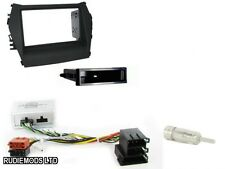 Connects2 CTKHY16 Hyundai Santa Fe 13 on Double Din Stereo Complete Install Kit