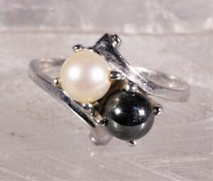 Black and White Pearl Ring 10K White Gold Size 7.25