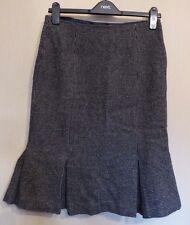 Hobbs UK10 EU38 US6 black/white 100% wool lined skirt with pleats to hemline