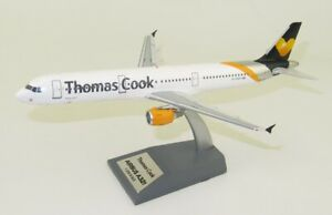 JFOX JFA321005 1/200 THOMAS COOK AIRLINES AIRBUS A321-211 REG: G-TCDY WITH STAND