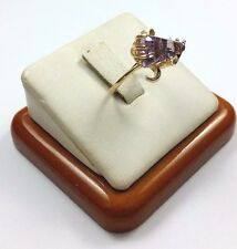 Exquisite 10K Karat Solid Yellow Gold Ring with Amethyst Gemstone - Nice!
