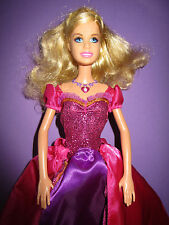 B534- BLONDE BARBIE PRINZESSIN DELIA DIAMANTSCHLOSS MATTEL 2005 OHNE FUNKTION