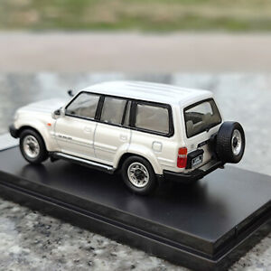 Master Toyota Land Cruiser LC80 Diecast Models Collection Toys Car Left Cab 1/64