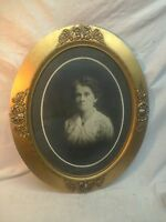 Vtg Oval Wood Chalk Victorian Convex Frame Haunting Woman Portrait