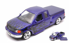 Ford F-150 Flareside Supercab Pick Up 1999 Purple W/ Black Flames 1:24 Model