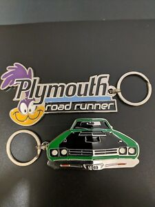 (2) Plymouth Roadrunner Keychains, get both plus free shipping (E7-F9)