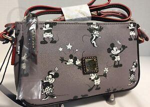*Dooney & Bourke*Disney*Disney Parks**RETRO Mickey*Pouchette*Crossbody*18036H