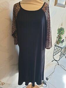 Women's plus contrast leopard sleeve skater dress black size 28