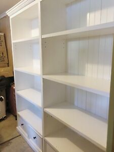 Gorgeous Hamptons Style Provincial Bookcase Display Cabinet - Good Condition