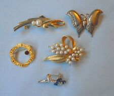 Costume Jewellery 5 Brooches Butterfly Sim Pearls Flowers Gilt & Chrome Free P&P