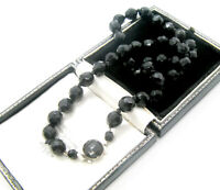 VINTAGE ART DECO ELEGANT HAND KNOTTED FRENCH JET GLASS FACETTED BEAD NECKLACE