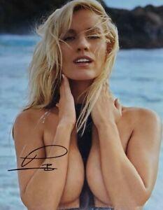 Paige Spiranac Hand Signed 8x10 Photo W/ Holo COA